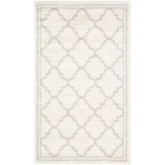 Safavieh Indoor/ Outdoor Amherst / Light Grey Rug