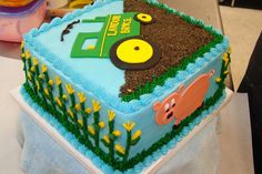John Deere Cake Ideas | But the BEST part was the little Piggy.