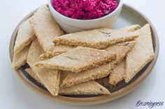 rosemary-sesame-seed-crackers
