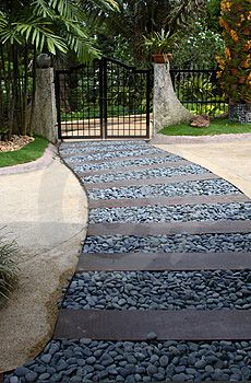 Natural Rock Pathway | Great Garden Path ideas | Pinterest | Rock pathway,  Garden paths and Rock path