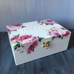 Tea Box Wooden Tea chest Floral Tea Bag Box with 9 Compartments Flower gift box organizer Storage Box Chest Tea Lover Gift Tea storage Box Wooden Tea Box, Painted Wooden Boxes, Painted Jewelry Boxes, Wooden Box Crafts, Decoupage Box, Decoupage Vintage, Decoupage Tutorial, Tea Storage, Storage Boxes