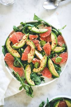 Avocado Grapefruit Salad is an easy healthy dish, perfect for breakfast, lunch or a dinner side. Avocado Grapefruit Salad is an easy healthy dish, perfect for breakfast, lunch or a dinner side. Avocado Recipes, Healthy Salad Recipes, Healthy Snacks, Vegetarian Recipes, Diet Recipes, Vegan Meals, Vegan Vegetarian, Diet Meals, Grapefruit Recipes Healthy