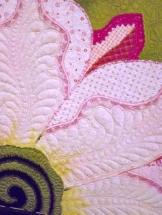 close up, The Desert's Glory by Lois Podolny.  Machine quilted. Inspired by an Argentine Giant cactus flower. The quilt was started in a class with Jane Sassaman.  Photo by Tom Russell Quilts.