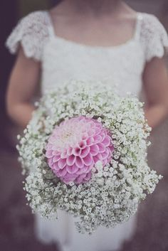 Rock n Roll Bride · Your Big Day the Rock n Roll Way · Alternative Wedding Inspiration · Page 3 Hotel Wedding, Budget Wedding, Wedding Planning, Dream Wedding, Wedding Dreams, Bridesmaid Flowers, Bridal Flowers, Wedding Bouquets, Party In Berlin