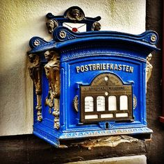 #tangermünde #sachsenanhalt #germany #deutschland #saxonyanhalt #altmark #post #briefkasten #letterbox #blue #retro #vintage #old #style #vintagestyle #deko #dekoration #decoration #oldstyle #beautiful #pretty #meindeutschland #nice #amazing #stadt #town #altstadt #mailbox #letters #mail