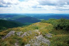 From peak to shining peak, here's what you need to know about some of the Valley's lesser-known mountain ranges: Taconic, Marlboro, and Ramapo Mountains
