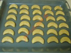 Ay Tatlısı Tarifi Yapılış Aşaması 10/16 Yummy Cakes, Cookies, Hot, Ethnic Recipes, Desserts, Sumo, Crack Crackers, Tailgate Desserts, Deserts