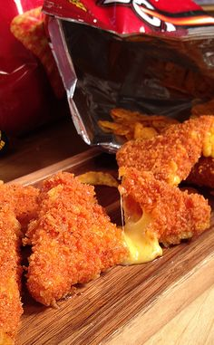 Basic mozzarella sticks will never taste the same after trying these cheese-stuffed Doritos. Creamy cheddar cheese battered in Doritos chips and deep fried to snacking perfection, could it get any bet (Dorito Cheese Sticks) Cheese Recipes, Appetizer Recipes, Cooking Recipes, Appetizers, Easy Recipes, Do It Yourself Food, Food Porn, Def Not, Gastronomia