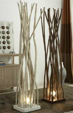 Build a thicker wood base with carvings or assymetrical cuts or larger to thinner cuts then finish on top with branches (can use my white branch Lampa-paravan Ramas Marron - Vivre Diy Home Decor, Room Decor, Diy Casa, Diy Décoration, Home And Deco, Decoration Table, Wood Crafts, Wood Projects, Diy Furniture