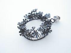 Scrap starlets - Pin hoop pendant