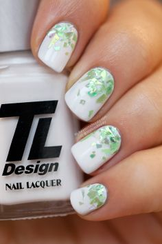 White and green glitter gradient - Nails - My Awesome Beauty