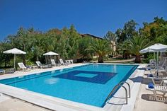 Hotel Milton Róda Situated in Roda Village in Corfu, 500 metres from the sandy beach, Hotel Milton features free WiFi at the reception area and a buffet breakfast. The swimming pool is situated in the hotel's lush gardens.