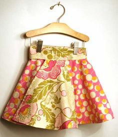 reversible toddler skirt #tutorial - find the link on the right side of her blog