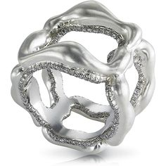 Fabergé Gypsy Grey Platinium ring    This piece is set in platinum and 18 carat gold and features 264 white diamonds totalling 1.39 carats.