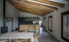 Villa CP : Salas de jantar por ZEST Architecture