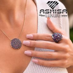 COMPRE no ATACADO  e tenha mais de 300% de lucro na ASHISA São Mais de 5 Mil modelos #brincos #anel #pulseiras #gargantilha #pingente #colar #corrente  #semijoias e #Moda #Intima, seja um revendedor Ashisa o 1º #MMN de acessórios do Brasil Druzy Ring, Jewelry, Bracelets, Ear Rings, Neck Choker, Chains, Crystals, Necklaces, Jewels