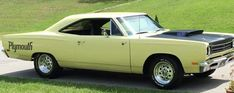This Plymouth had the 440 engine get it on.