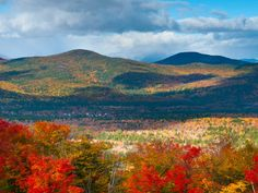 White Mountain National Forest in Autumn, New Hampshire  Robert Harding Picture Library / SuperStock
