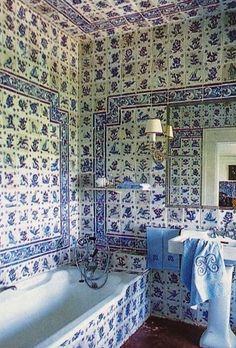 Guest bathroom at Quinta Patiño