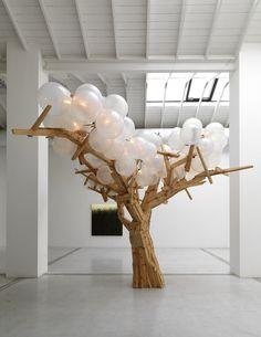 Risultati immagini per jacob hashimoto artist Hansel Y Gretel, Cardboard Sculpture, Free To Use Images, Light Installation, Paper Installation, Art Abstrait, Tree Lighting, Stage Design, Art Plastique