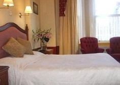 Dublin family hotels: Only the best places to stay with kids in the friendly town of Dublin! Check out these hotels and holiday apartments. Holiday Apartments, Dublin, The Good Place, Hotels, Bed, House, Furniture, Home Decor, Decoration Home