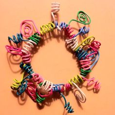 how to make a bracelet out of paper clips