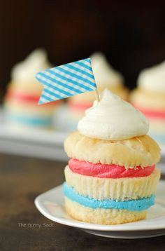 4th of july cupcake icing