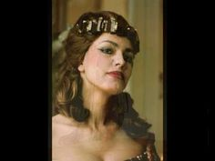 Anda-Louise Bogza Il Trovatore Leonora Dreadlocks, Crown, Hair Styles, Beauty, Fashion, Hair Plait Styles, Moda, Corona, Fashion Styles