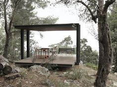 Philipp Bretschneider designs a small pavilion overlooking the ocean