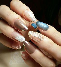 nailist ShinaさんはInstagramを利用しています:「1本だけキラキラ✨✨✨ #nail #nailist #nailart #naildesign #nails #nailartlover #jel #jelnail #ネイル #ネイルデザイン #ネイルアート #ジェルネイル #ジェル #美甲 #秋ネイル #shell…」 Blue Nail Polish, Foil Nails, Nail Inspo, Nails Inspiration, Flower Designs, You Nailed It, Hair And Nails, Nail Art Designs, Make Up