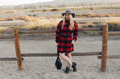 Buffalo plaid dress with pockets | Gray Wool Hat | Fashion Blogger