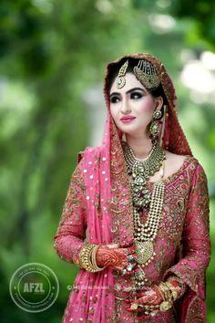 South Asian Bridal and Formal Look Book. Pakistani Bridal Wear, Pakistani Wedding Dresses, Nikkah Dress, Bridal Outfits, Bridal Dresses, Bridal Looks, Bridal Style, Desi Bride, Desi Wedding