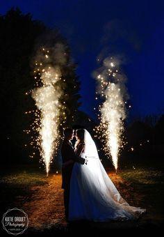 Nighttime wedding photography, wedding photography, sparkles wedding shot, wedding fireworks
