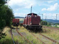 2008.08.12.  Während einer Streckensanierung in Haiger wurde die 212-052 und eine Schwestermaschine eingesetzt