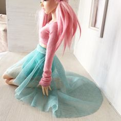 Only one of these #mermaid inspired skirts left!  Available on MonstroDesigns.Com or MonstroDesigns.Etsy.Com  #MonstroDesigns #bjd #bjddoll #balljointeddoll #doll #dolls #minifee #beautiful #pink #mint #lace