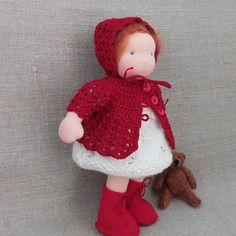 117 vind-ik-leuks, 3 opmerkingen - Ankie-art.Waldorf poppen (@ankiedegenkamp) op Instagram: 'Klaar voor adoptie , ready for adoption #daisy #daisybook #madeliefjekleertjespatronen #waldorf…' Waldorf Dolls, Crochet Hats, Christmas Ornaments, Holiday Decor, Daisy, Instagram, Home Decor, Puppets, Knitting Hats