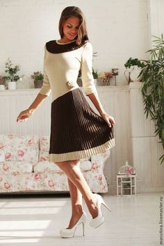 """Купить Платье """"Настасья"""" - бежевый, бежевое платье, вязаное платье, платье плиссе, платье на заказ"""