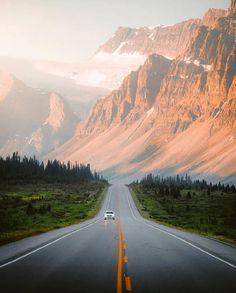 On the Icefields Parkway (Banff / Jasper, Alberta) by Jake Guzman ( o… - North America Landscape Photos, Landscape Photography, Nature Photography, Travel Photography, Photography Tips, Banff, Wonderful Places, Beautiful Places, Beautiful Roads