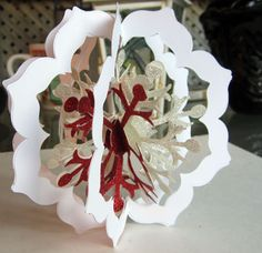 Crafty Maria's Stamping World: Floral Framelits & Snowflake Ornament. This will be on my tree this year. 3d Christmas, Christmas Paper Crafts, Christmas Projects, Handmade Christmas, Holiday Crafts, Paper Ornaments, Snowflake Ornaments, Christmas Tree Ornaments, Snowflakes