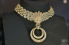 Van Cleef & Arpels - Lion Barquerolles necklace #DesignDaysDubai