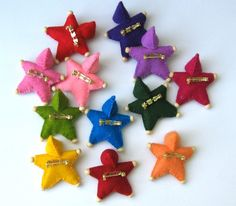 Felt Star Pin for Custom Orders by TheFairiesNest on Etsy Baby Ornaments, Diy Christmas Ornaments, Craft Stalls, Winter Crafts For Kids, Felt Decorations, Waldorf Toys, Felt Hearts, Doll Crafts, Baby Gifts