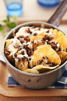 Potato Chip Nachos + garlic cream + melted cheese + ground beef (aka Buy-the-Bucket) Recipe / pepper.ph