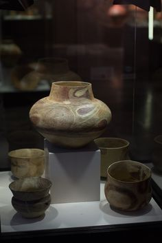 Cucuteni-Trypillian culture pottery from Bilcze Złote (Ukraine). 3900-2700 BCE. Archaeological Museum in Kraków