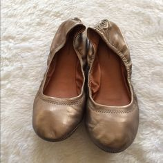 BCBGeneration bronze flats leather upper 🎉 BCBGeneration bronze flats  🎉 Size 8.5 🎉 Only worn once 🎉 No box 🎉 Please ask for additional pictures, measurements, or ask questions before purchase. 🎉 No trades or other apps 🎉 Ships next business day, unless noted in my closet  🎉 Bundle for discount BCBGeneration Shoes Flats & Loafers