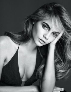 Cara Delevingne for La Perla Lingerie, S/S Photographed by: Mert Alas & Marcus Piggott Foto Cv, Pretty People, Beautiful People, Kreative Portraits, Fashion Models, Fashion Beauty, Lingerie Shoot, Sexy Lingerie, English Fashion