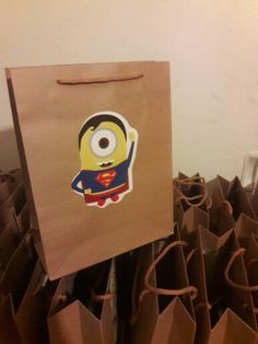 Minions favor bags. Birthday party