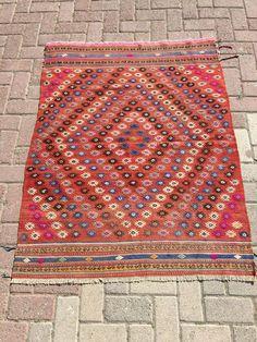 Red Embroidered Vintage Turkish Kilim Rug, Antique Kilim Rugs, Flatwoven Kilim Carpet, Area Rug, kelim rug, floor rug, Diamond design small