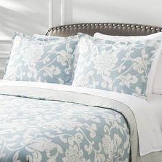 Features:  -Twin size: Set includes 1 duvet cover and 1 standard sham.  -Ardenne collection.  -Duvet cover features button closures.  -Full/queen size: Set inlcudes 1 duvet cover and 2 standard shams.