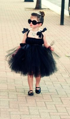Tutu Dress by xelrahc- I love the hair and glasses!!!