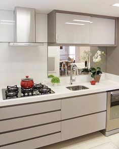 """5,062 Likes, 30 Comments - Decore Seu Lar Design (@decoreseulardesign) on Instagram: """"Nada de excessos e muito estilho e delicadeza nesta cozinha linda toda clean que destaca pela…"""""""